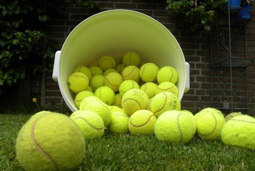 oudetennisballen-groot.jpg